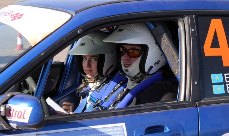 Олег Балюк и его дочь и штурман Леся Балюк. Олег смог финишировать третьим в S31, а Леся приняла боевое крещение в другой  категории