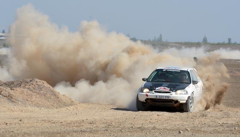 Дмитрий Плясов досрочно стал чемпионом, но будет выступать в последней гонке сезона